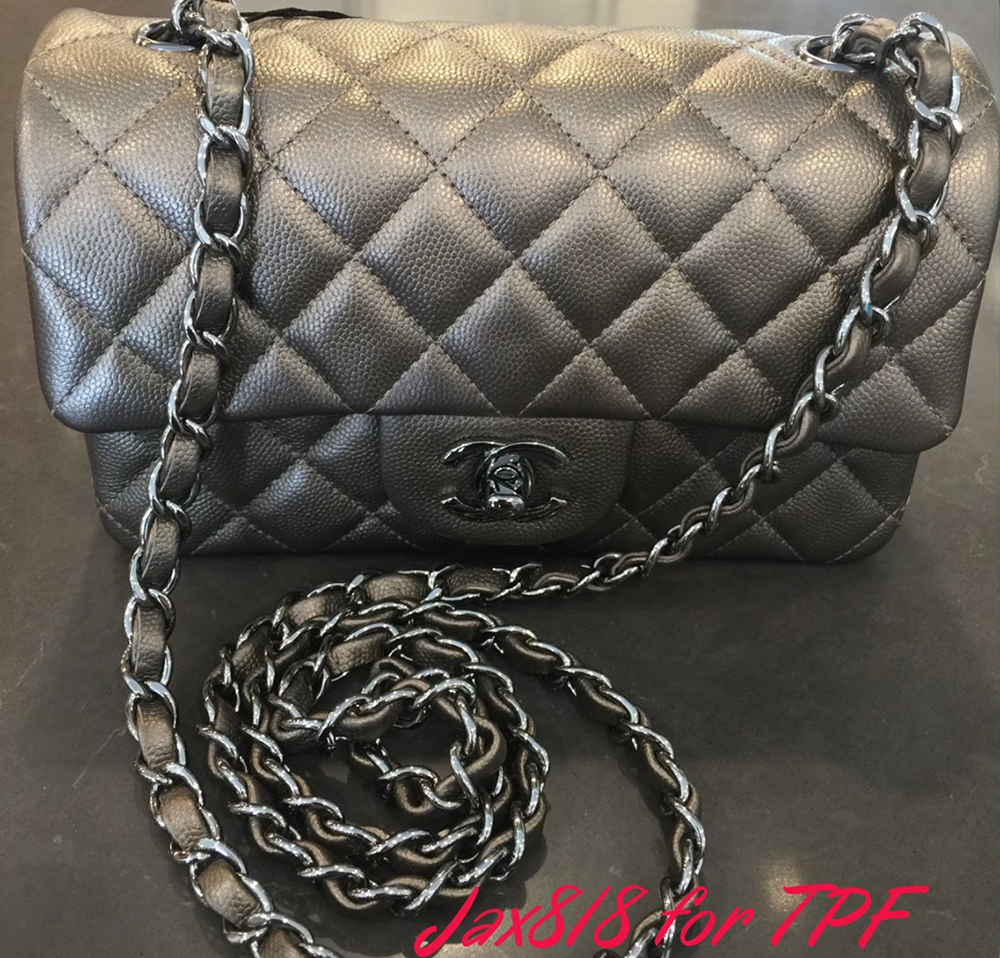 437e9298fbda Itty-Bitty Chanel Mini Bags 2016 Review - Big Fan of Fashion ...